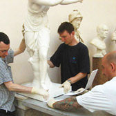Replacing an object in the sculpture gallery