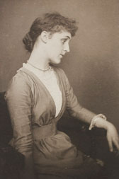 Portrait of Violet Lindsay, F. Hollyer