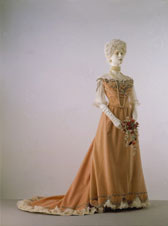 Ball gown, C.F. Worth
