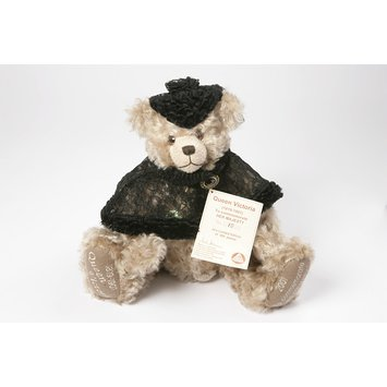 Teddy bear - Queen Victoria