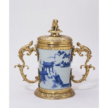 Brush pot with mounts - The Howzer Cup