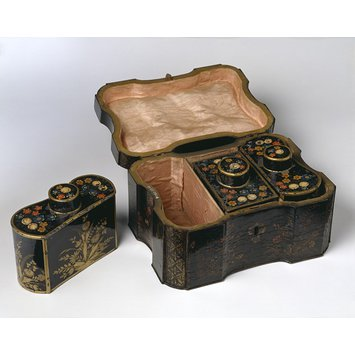 Tea chest
