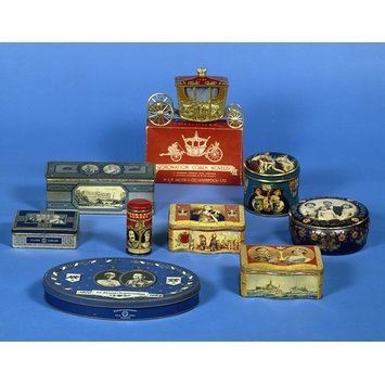 Biscuit tin - Coronation Coach; M.J. Franklin Collection of British Biscuit Tins