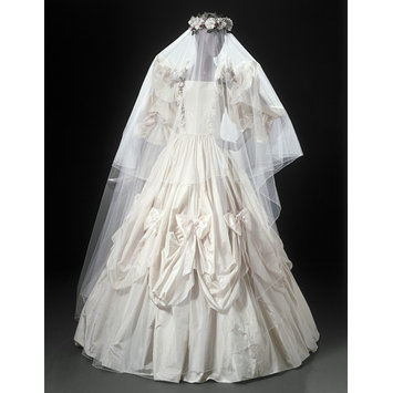 Wedding dress | Emanuel, David | V&A Search the Collections