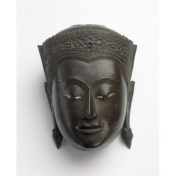 Head of the buddha - sculpture