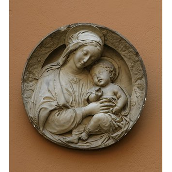 Plaster cast - Virgin and Child with a border of cherubim