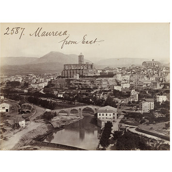 Photograph - Manresa from East