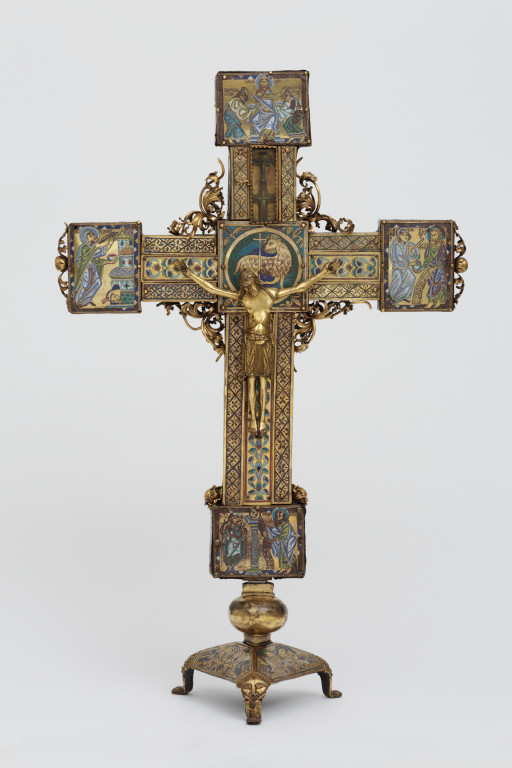 Altar Cross V Amp A Search The Collections