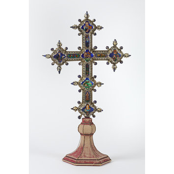 Altar cross