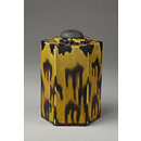 Tea caddy with stopper