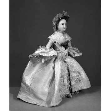 Doll in wedding dress - Mrs Powell Wedding Suit 1761