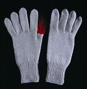 'Conrad', knitted gloves, Freddie Robins, 2005 (click image for larger version)