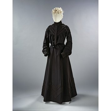 Mourning dress ensemble