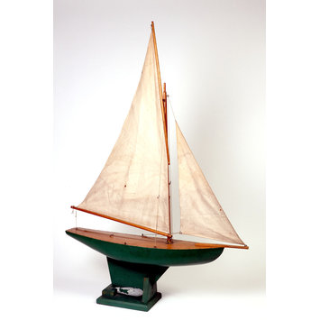 Model yacht | V&A Search the Collections