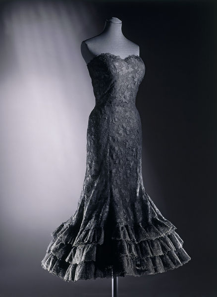 Evening Dress Coco Chanel V Amp A Search The Collections