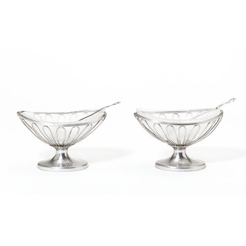 Pair of salt cellars with glass liners