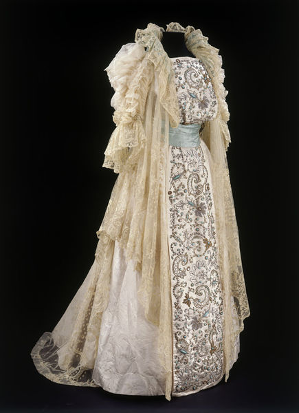 Tea gown house of rouff v a search the collections for 19th century wedding dresses