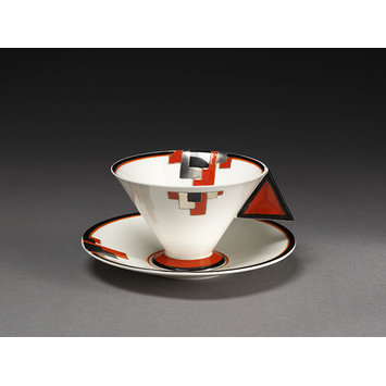 Cup and saucer - Vogue (shape)