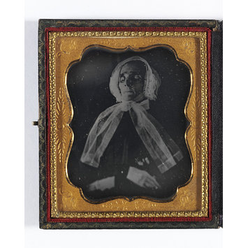 Daguerreotype - Elderly woman deceased
