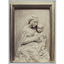 Bas-relief Virgin and Child in terra cotta of the school of Ghiberti (photograph)