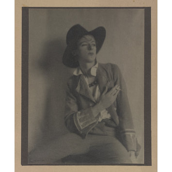 Photograph - Cecil Beaton